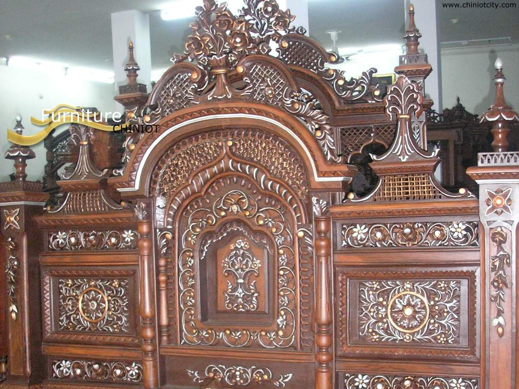 Beautiful Bed Carved in Chiniot